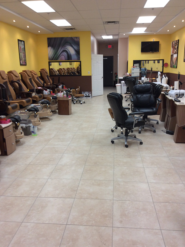 T B Nice One Nails: Nails, Waxing and Pedicures in Chestermere. Call today - (403) 265-4567